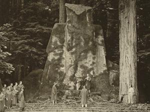bohemian grove owl ceremony day bw - دانلود مستند قربانی کردن انسان در آئینهای رازآلود با لینک مستقیم