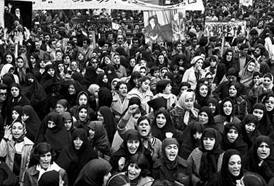 art831 - نقش زنان در انقلاب امام زمان چيست